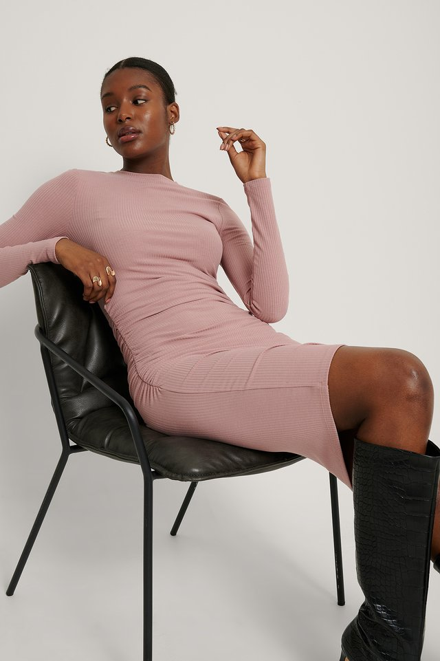 Geripptes Kleid Dusty Dark Pink