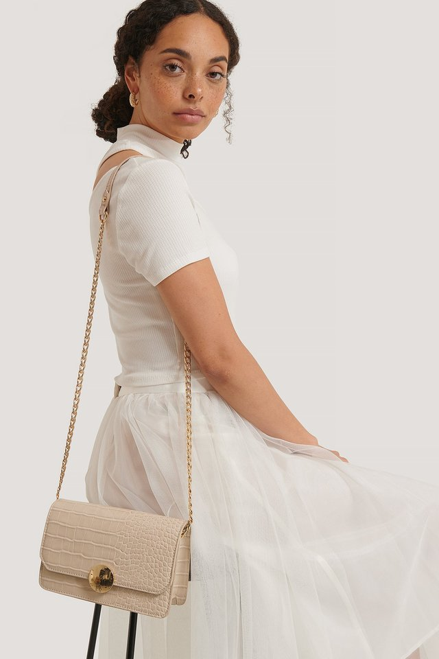 Round Closure Chain Crossbody Bag Beige