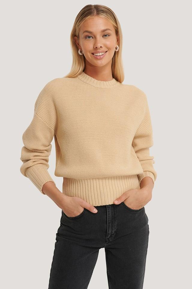 Round Neck Knitted Sweater Beige