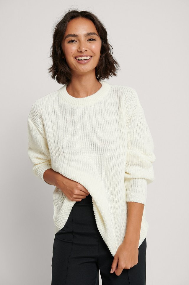 White Round Neck Knitted Sweater