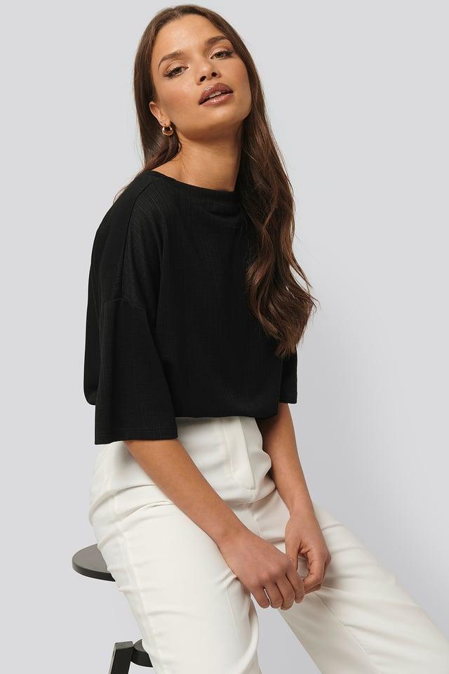 Black Geripptes T-Shirt Mit Rundem Ausschnitt