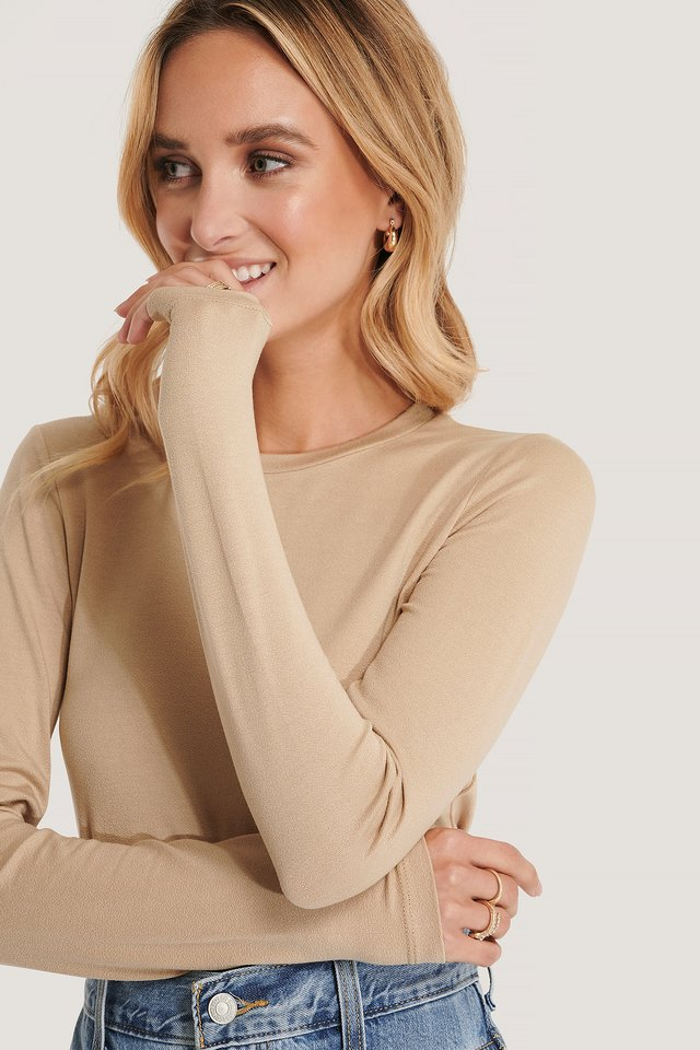 Roundneck Longsleeve Basic Sweater Beige