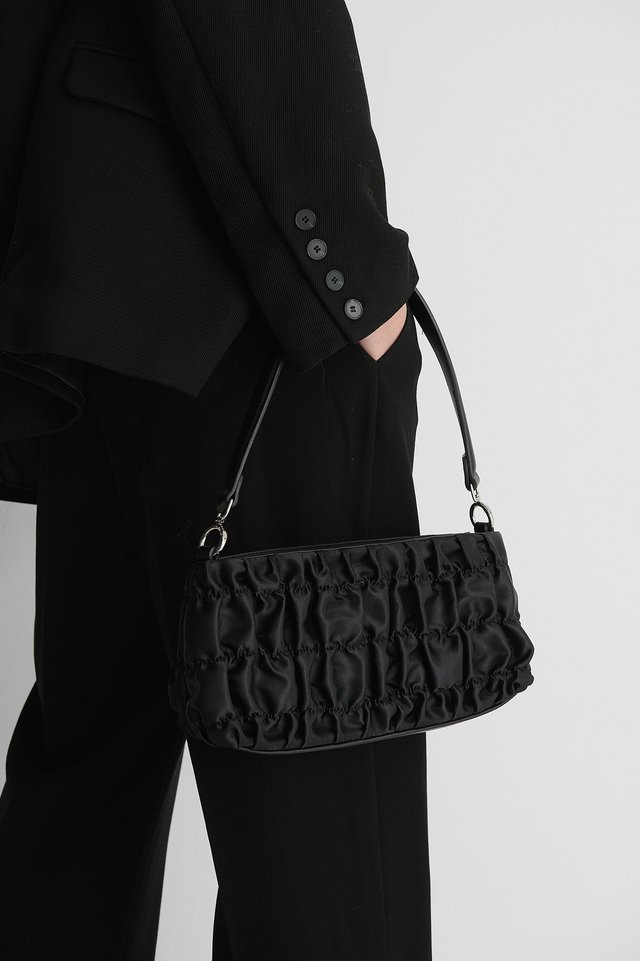 Ruffle Shoulder Bag Black