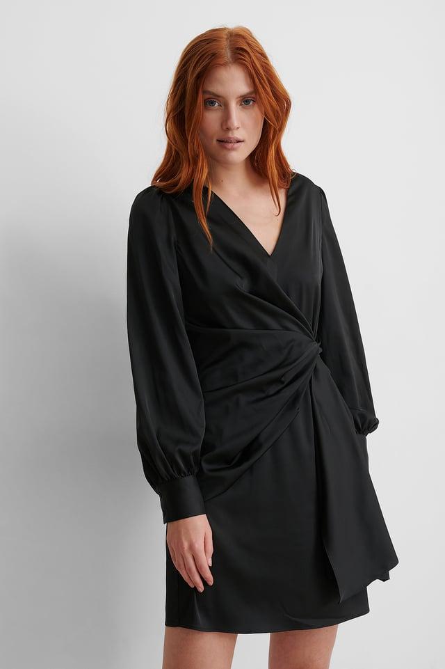 Black Recycled Omlottklänning I Satin