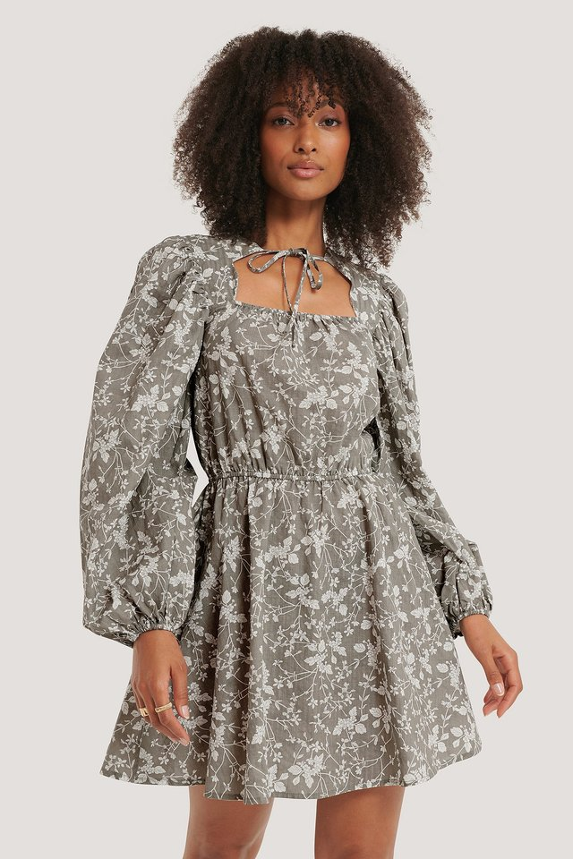 Scalloped Neckline Mini Dress Grey Flower