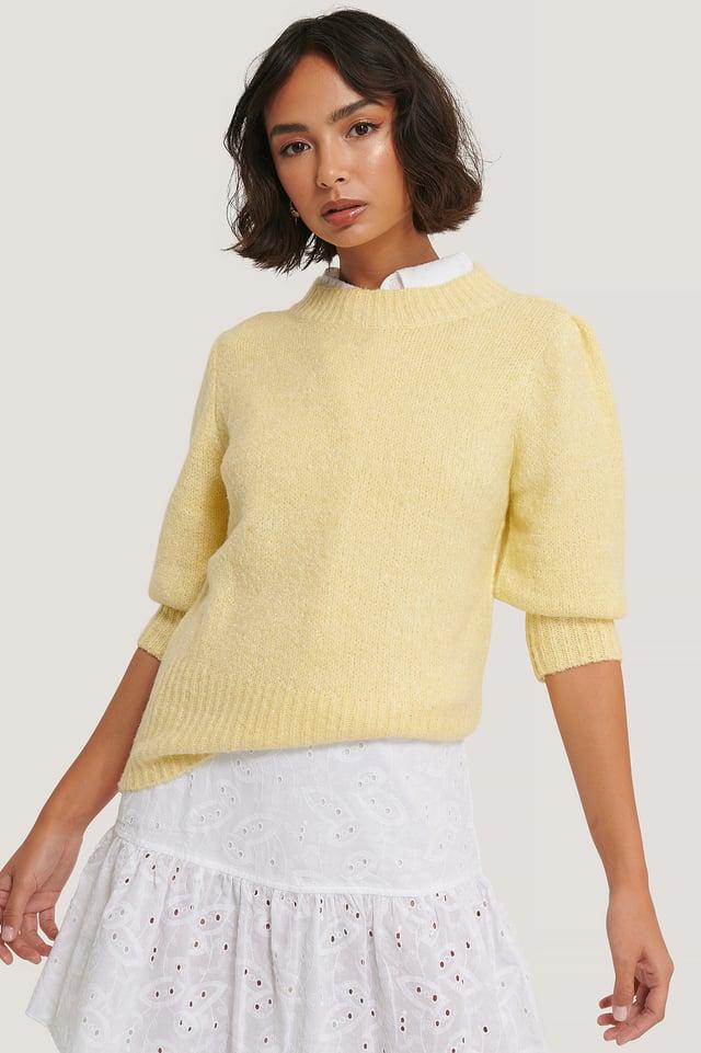 Light Yellow Short Puff Sleeve Knitted Sweater