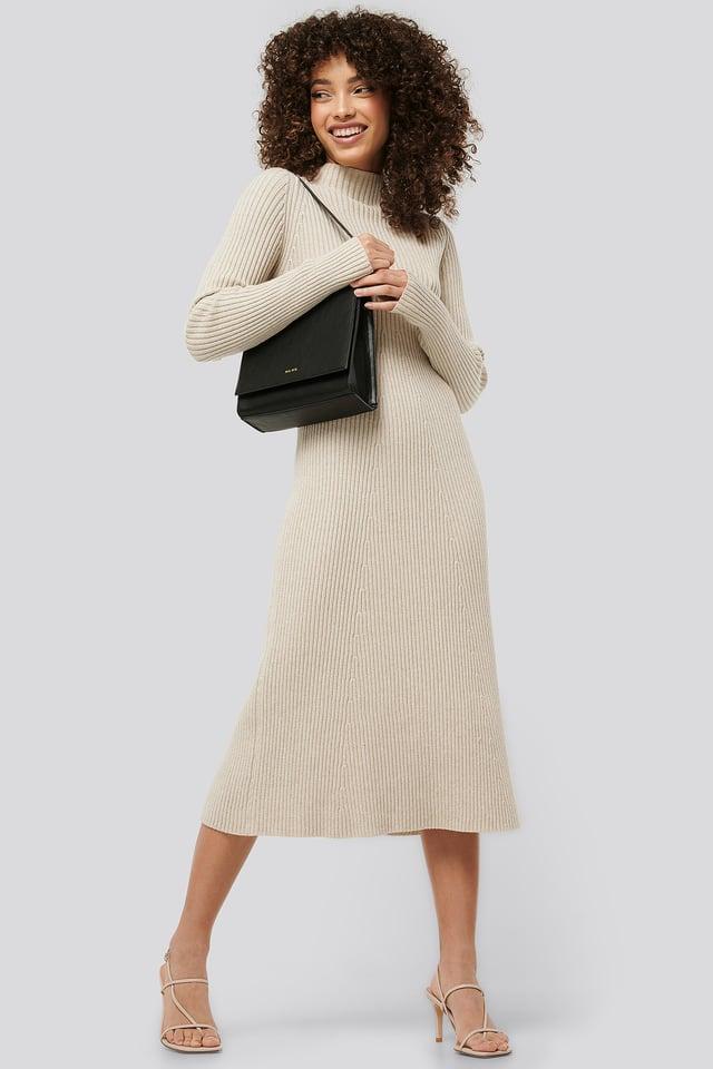 Short Shoulder Bag Black