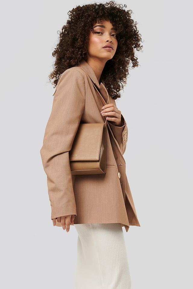 Short Shoulder Bag Beige