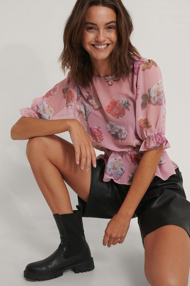 Pink Kurzärmelige Chiffon-Bluse Mit Blumenmuster