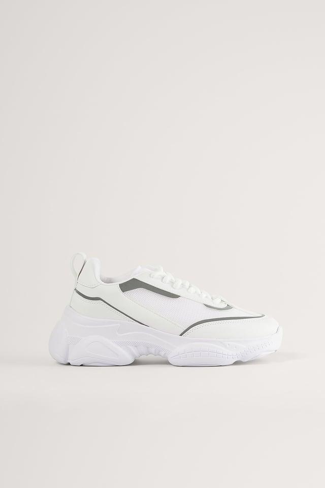 White Zapatillas Estilizadas Con Detalle De Malla