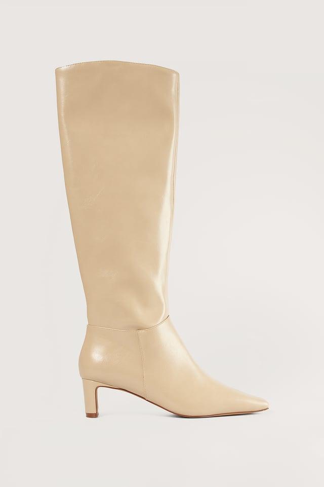 Eggshell Slim Toe Shaft Boots