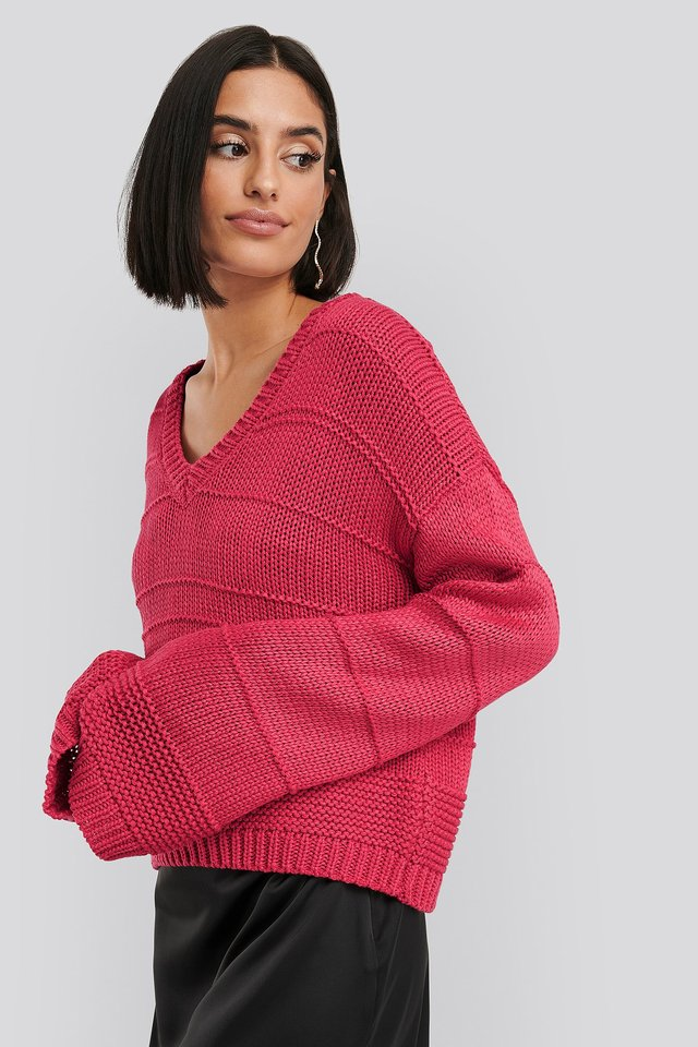 Slouchy V-neck Knitted Sweater Fuchsia