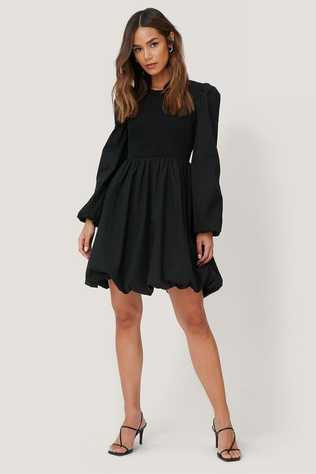 Smocked Detailed Dress Black
