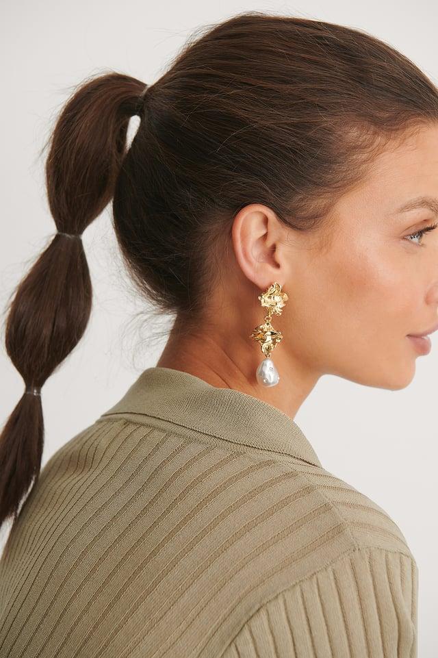 Gold Sparkle Pearl Earrings