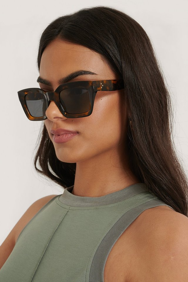 Square Frame Sunglasses Turtle