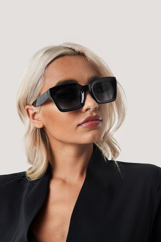 Square Frame Sunglasses Black