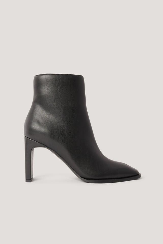 Boots Med Fyrkantig, Lutande Tå Black