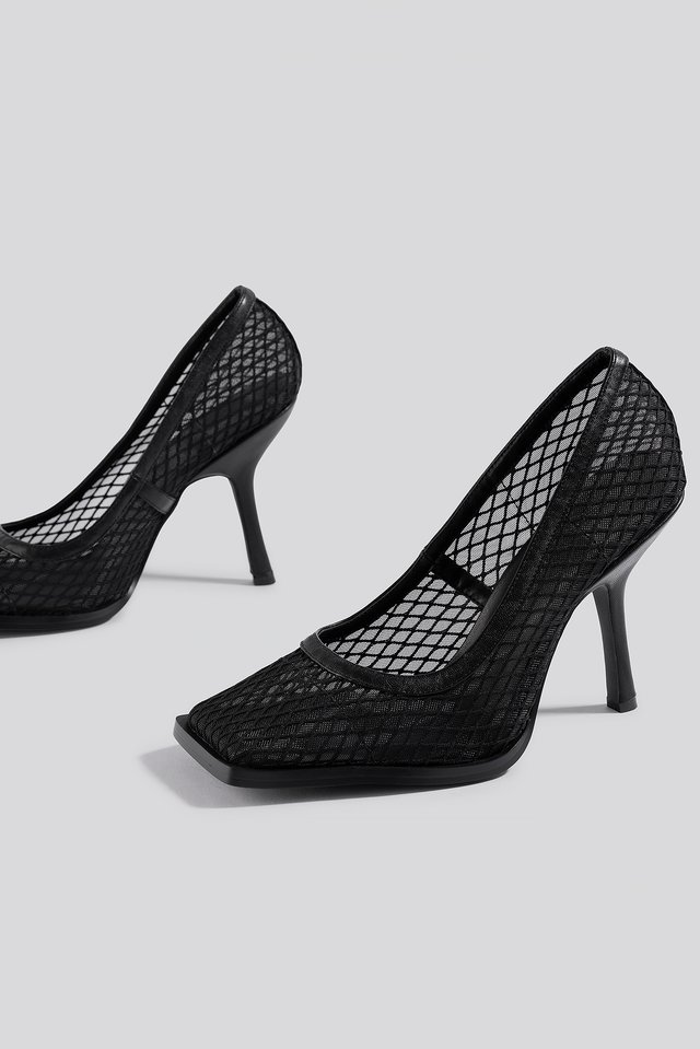 Squared Toe Mesh Pumps Black