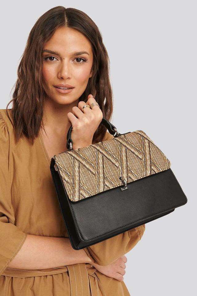 Black Strawy Detailed Trapeze Bag
