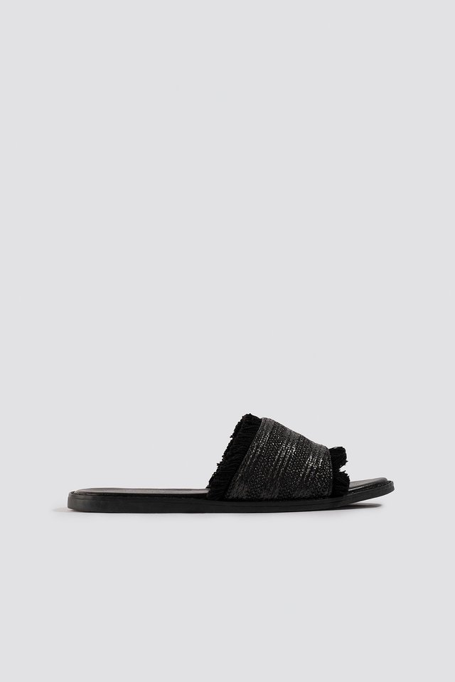 Strawy Sandals Black