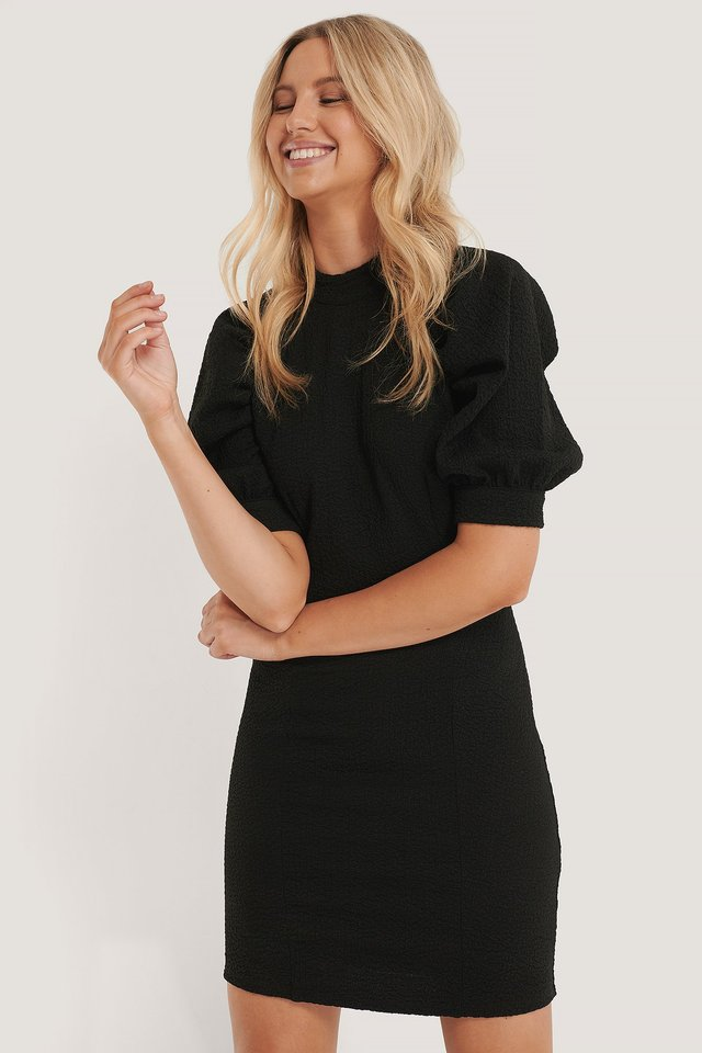 Structured Fitted Puff Sleeve Dress Black