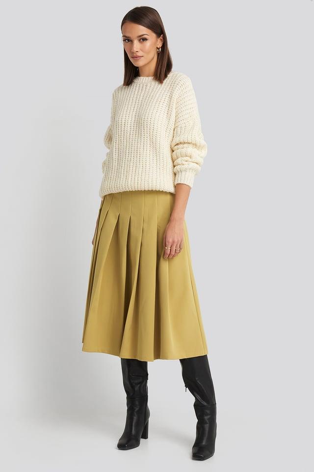 Lime Tailored Pleated Midi Skirt