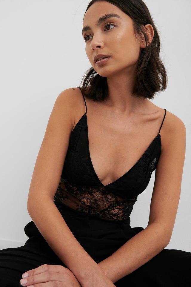 Thin Strap Lace Singlet Black