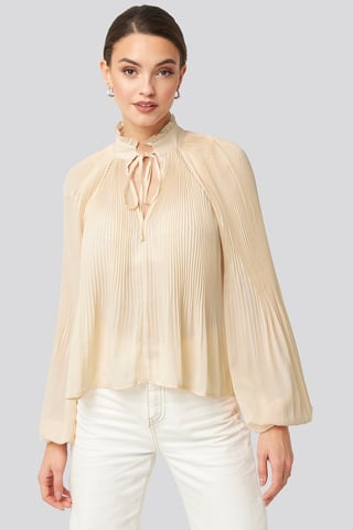 Offwhite Tie Neck Pleated Blouse