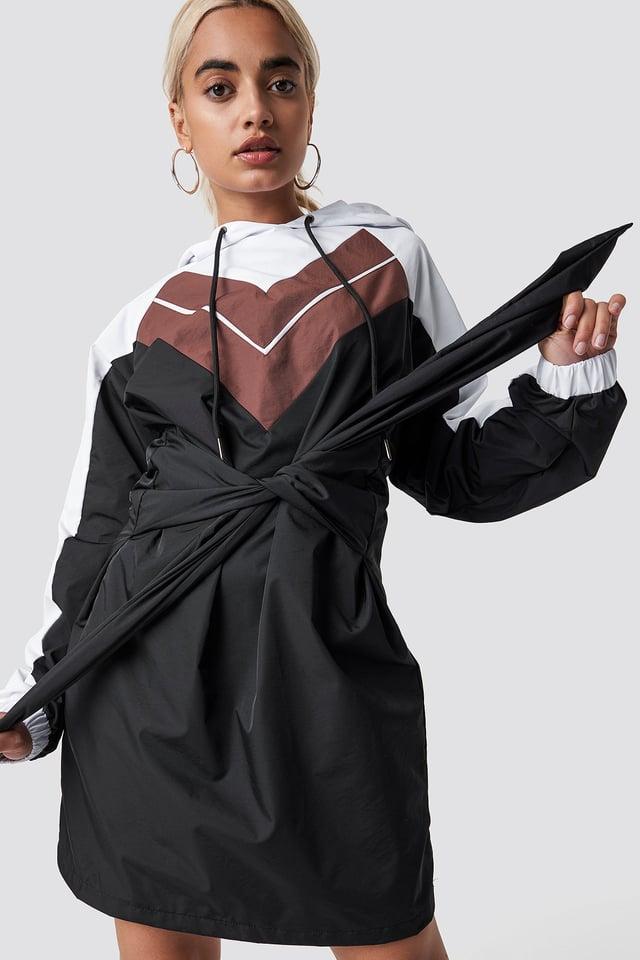 Tie Waist Hooded Dress Black/White