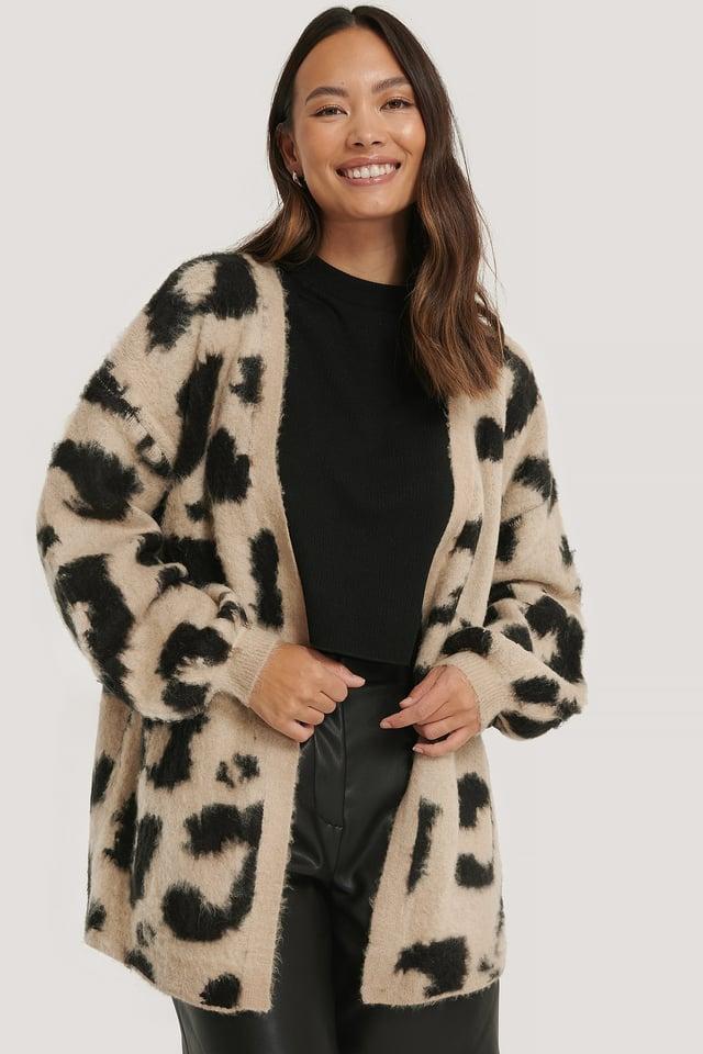Übergroße Gebürstete Strickjacke, Leoparden-Look beige/Black