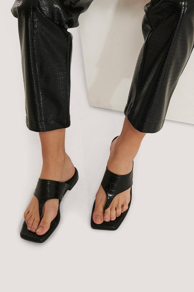 Black Toe Strap Flats