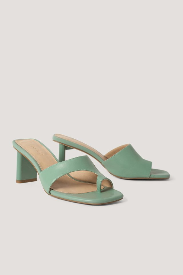 Toe Strap Mules Pastel Green