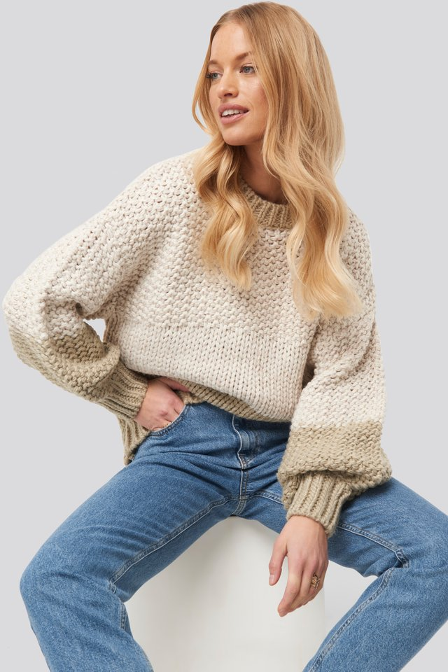 Offwhite Two Coloured Heavy Knitted Sweater