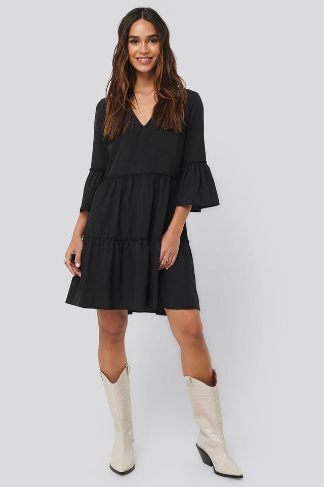 V-neck Ruffle Dress Black