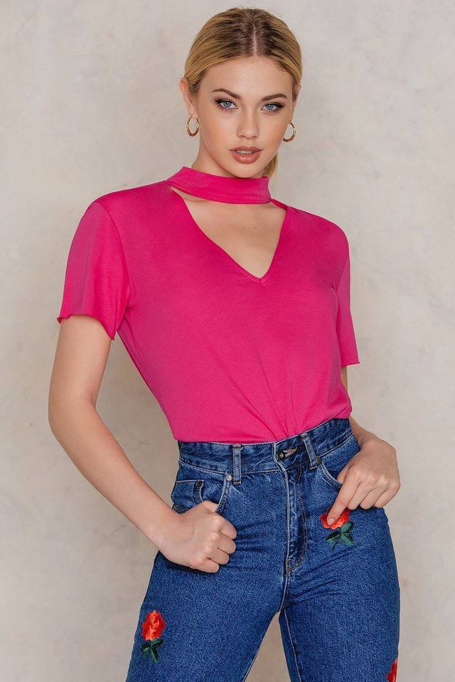 V Cut Out Tee Strong pink