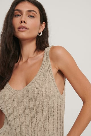 Beige V-neck Ribbed Knitted Singlet