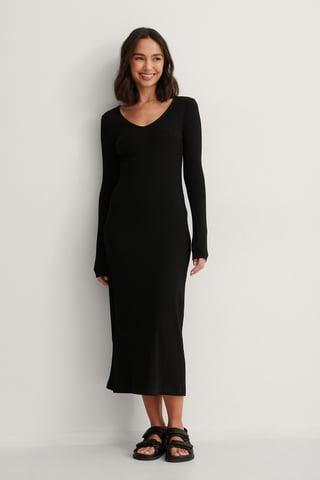 Black V-Neck Ribbed Maxi Dress