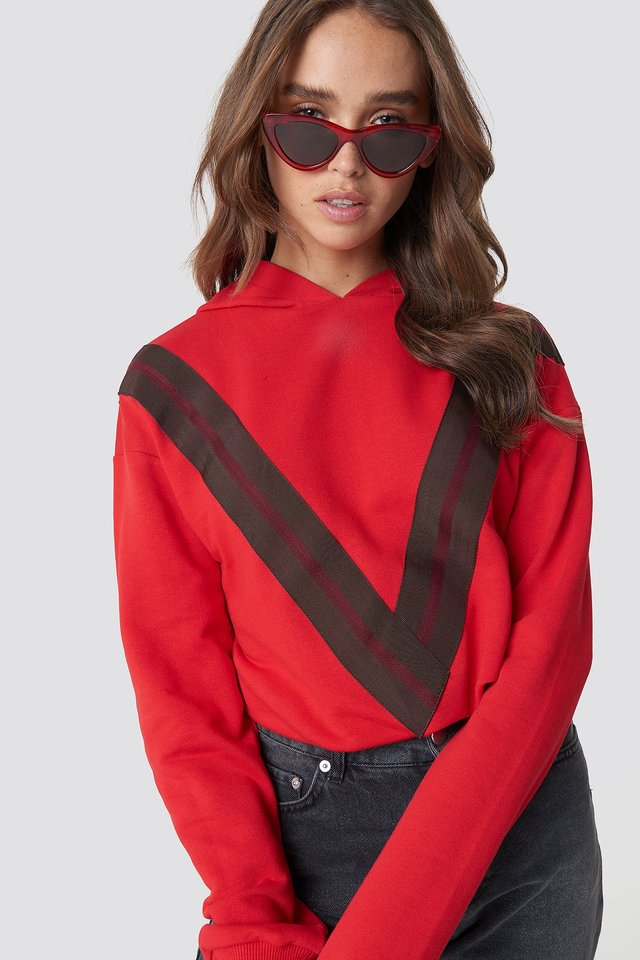 V Striped Hoodie Red