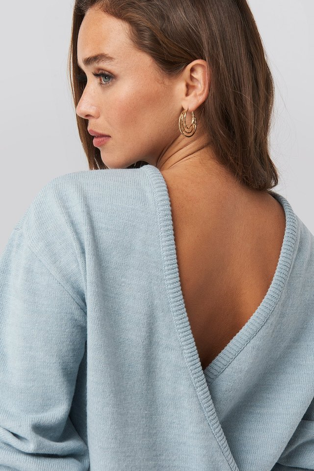 V-shape Deep Back Sweater Blue