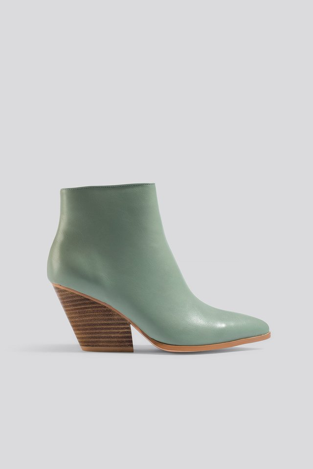 Dusty Green Western Heel Pointy Boots