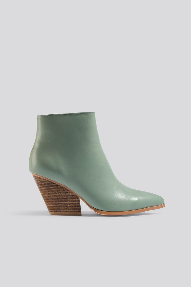 Western Heel Pointy Boots Dusty Green