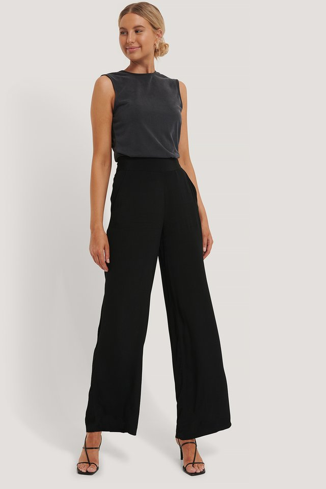 Wide Flowy Pants Black