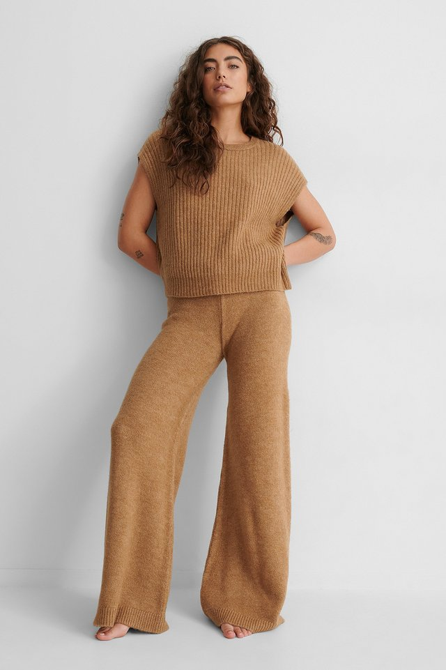 Wide Knitted Trousers Beige