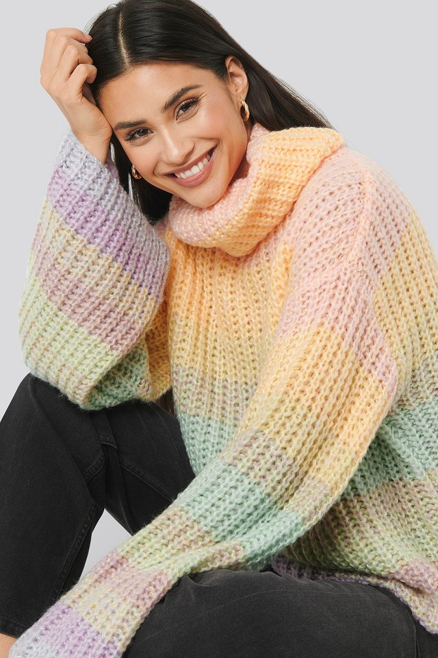 Wide Sleeve Cable Knitted Sweater Light Mix Color