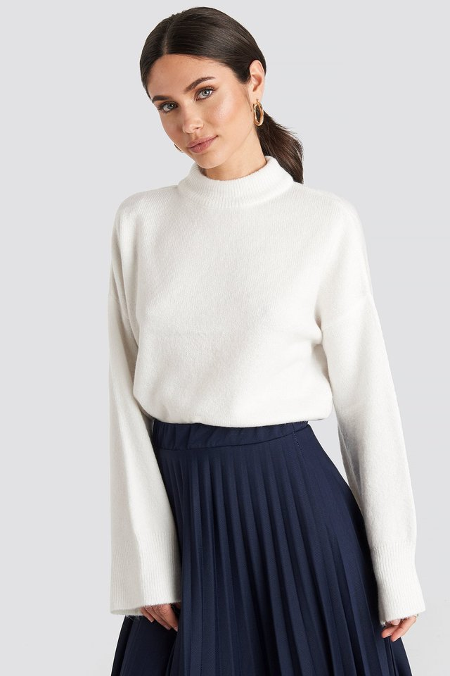 Wide Sleeve Round Neck Knitted Sweater Offwhite