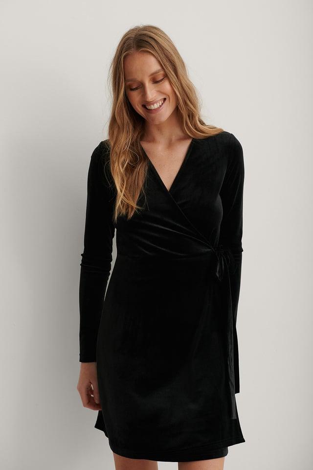 Vestido De Terciopelo Cruzado Black