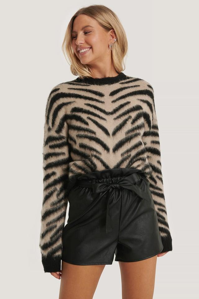 Gebürsteter Zebra-Strickpullover beige/Black