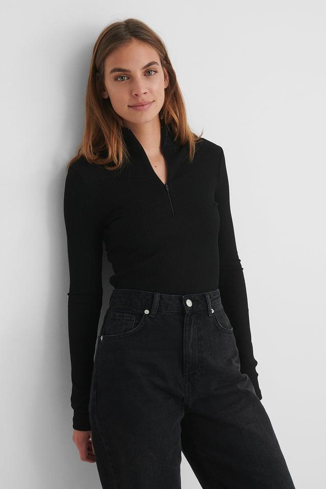 Black Ribtop Met Ritsdetail