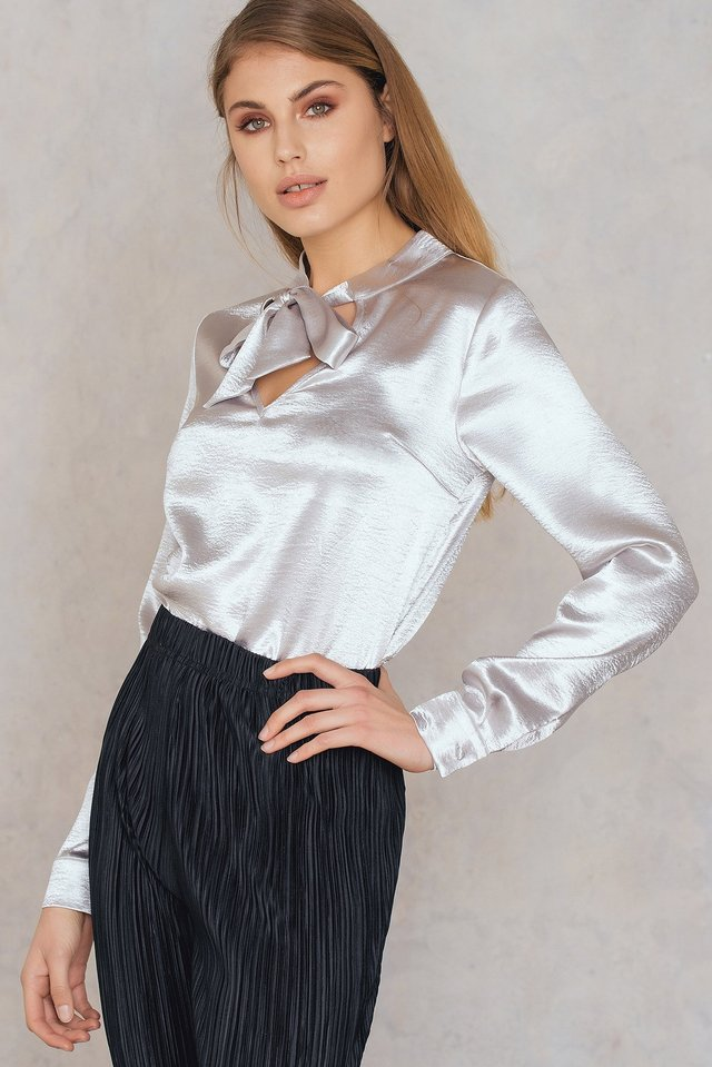 Knot Front Neck Top Silver