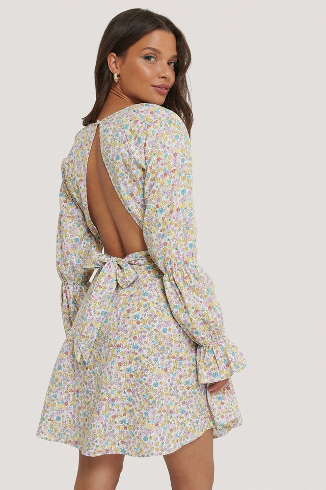 Flower Print Seersucker Open Back Dress